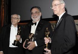 (左起)伊莱-沃勒克、科波拉、凯文-布朗罗