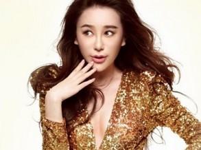 姜欣雨:拍摄时尚大片很开心(图)
