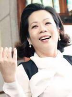 陈幼芳饰曾翠华