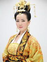 胡影怡饰杨丽华