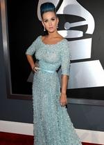 凯蒂-佩里蓝发蓝裙亮相