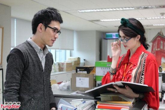 吴亚馨电影《水饺几两》中半屏山媒婆痣扮丑登场