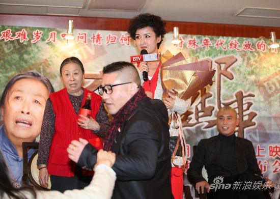 块   六毛六那点事》将登陆北京影视频道首都剧场.1月6日下午,该剧图片