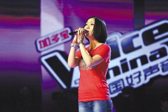 知名歌手姚贝娜再战舞台