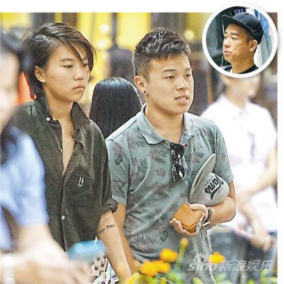 现年17岁的窦靖童与外貌有几分像陈小春(圆图)的Ernest日前结伴逛街购物。