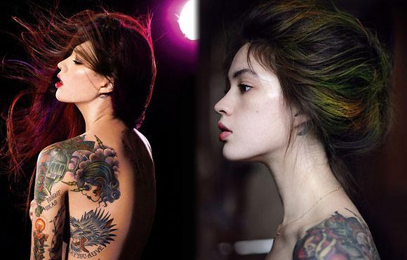 俄罗斯美女纹身摄影师性感写真