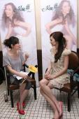 实录:吴佩慈坚持粉色梦想金牌制作人打造新歌