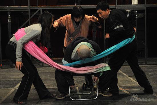 百余舞台专家集体向《天朝1900》现场取经(图)