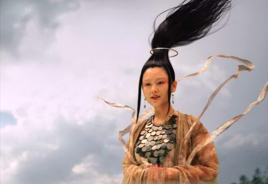 资料图片:国家话剧院女演员--陈红
