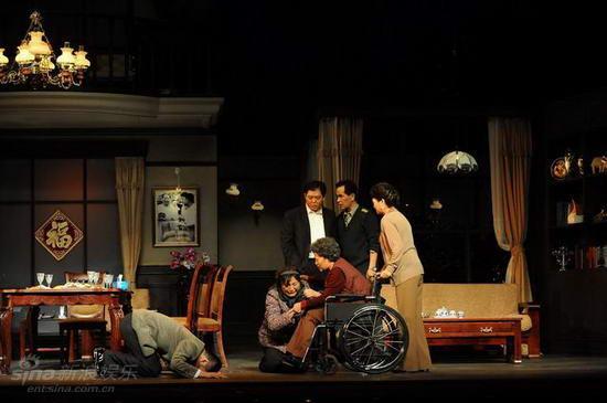 图文:《大过年》首演--亲人的重逢