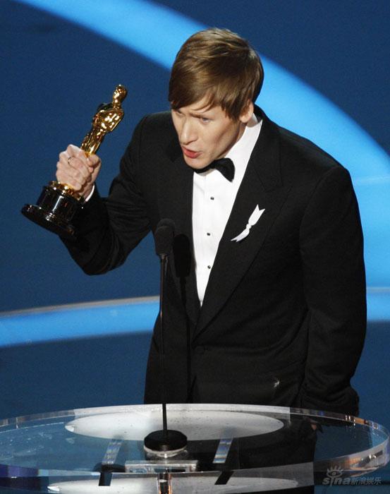 图文:奥斯卡颁奖--《米克传》获最佳原创剧本