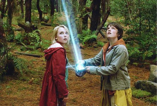 经典魔幻《仙境之桥》搬上大银幕1月26日上映
