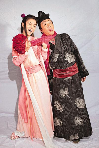 《花田�质�2010》赶贺岁演员通宵拍海报