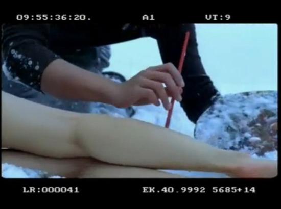 人体裸照视_《感情生活》明道雪地绘人体彩绘视频遭质疑