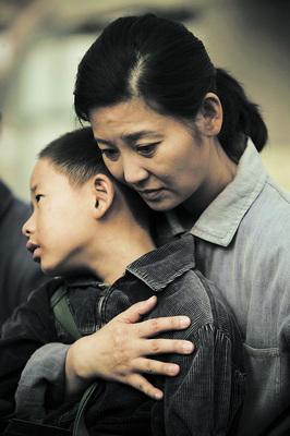《唐山大地震》催泪泪水决堤不为灾难为亲情