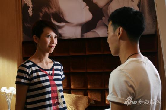 """《爱情维修站》蔡少芬张晋""""限制级""""床戏曝光"""