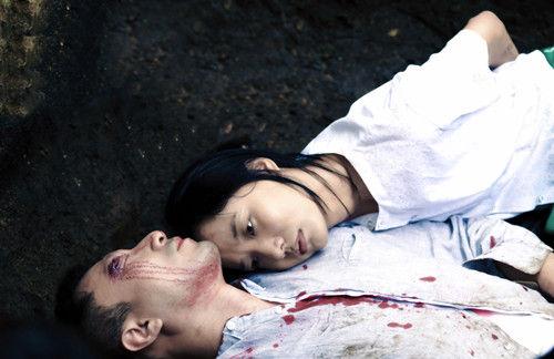 王珞丹饰演的小安选择为爱人殉情
