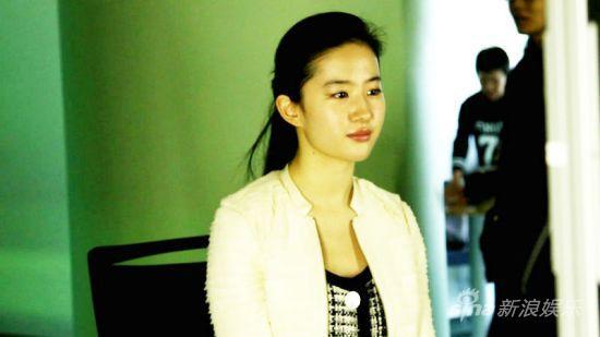 刘亦菲饰演女妖将有非常多的表情变换