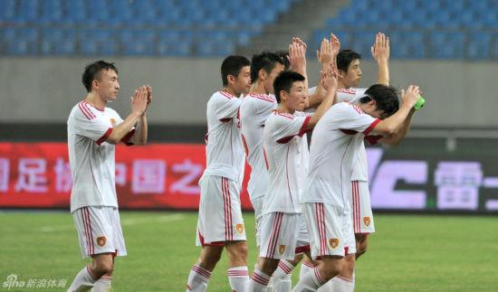 国足1-5惨败泰国