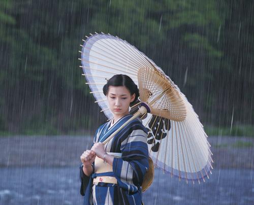 日本票房综述:《纳尼亚传奇2》击退《相棒》