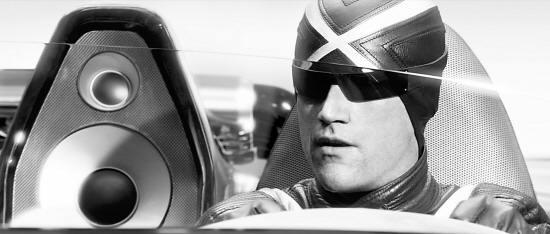 《极速赛车手》:车是假的开飞机也是假动作