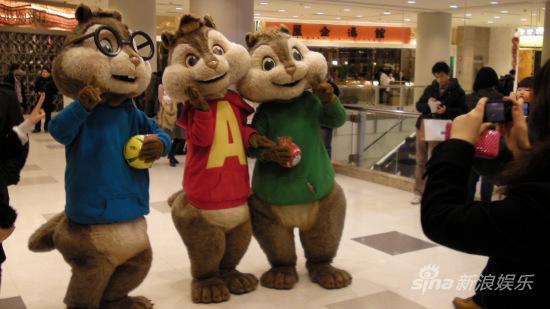 《鼠来宝2》春节乐翻天三只小鼠携手贺岁(图)