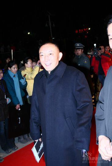 图文:《投名状》首映红毯中影董事长韩三平