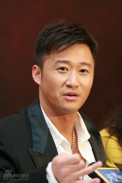 功夫片 狼牙 发布会 主演导演吴京图片