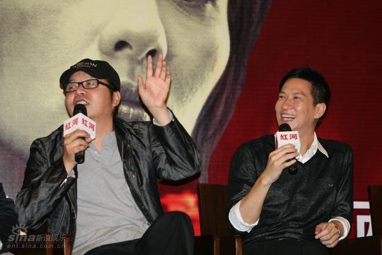 图文:《红河》北京首映-章家瑞逗笑张家辉