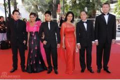 组图:《基纳瑞》首映两菲律宾美女粉艳斗靓