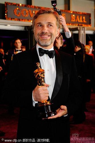 图文:第82届奥斯卡庆祝派对-最佳男配角获得者瓦尔茨