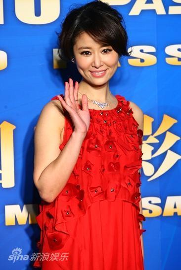 图文:华鼎红毯-林心如红裙图片