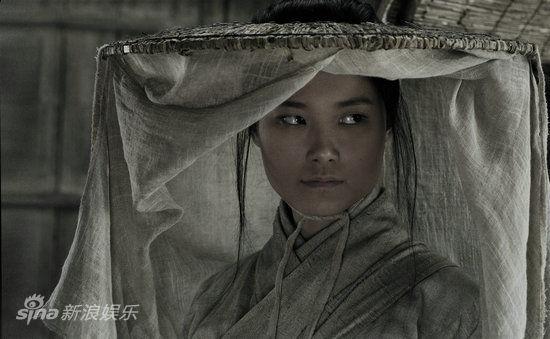 李宇春造型近景