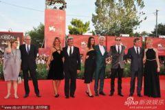 威尼斯影节平淡开幕华语明星与克鲁尼共享星辉