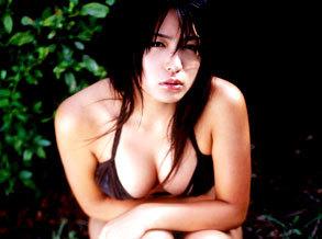 川村由纪野外拍写真 性感比基尼出镜