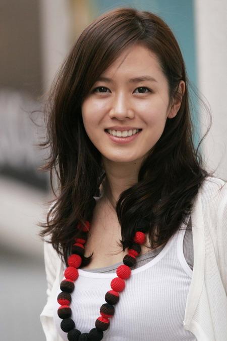 """韩娱每周一星:""""坏女人""""孙艺珍青龙奖摘桂冠"""
