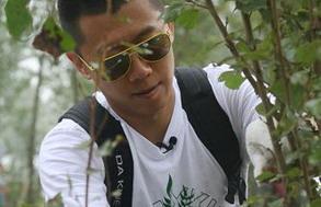 夏雨:学着修剪白杨树(图)