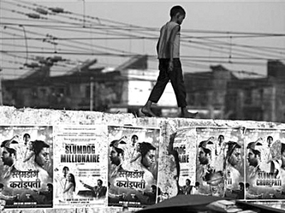 重庆商报:《贫民富翁》折射出印度人的宽容