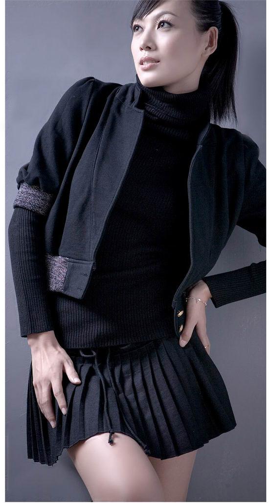 资料:海南星光国际公司签约模特--王晓明