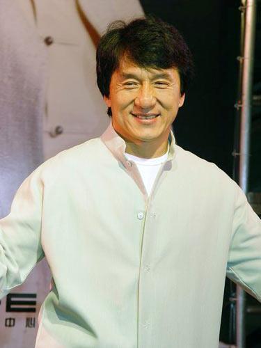 成龙谈李小龙之死自曝与林凤娇没有爱情(图)