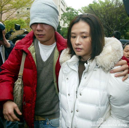 萧淑慎被曝领残障手册律师称神志不清误食毒品