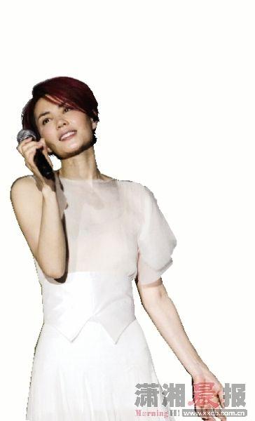 王菲的红色短发造型能否在长沙个唱中亮相。