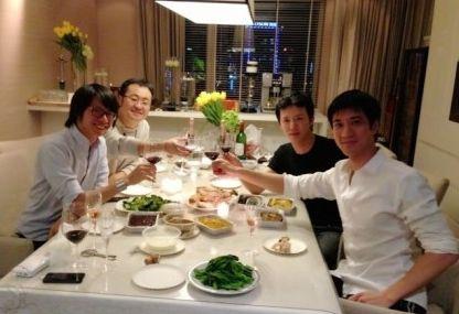 王力宏、李云迪与好友家人共度感恩节