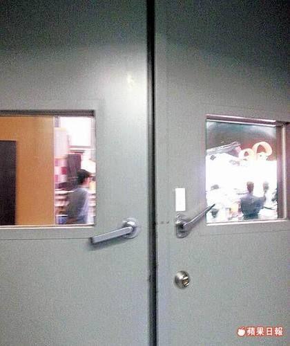 昨中天摄影棚关门,录影现场不开放媒体。