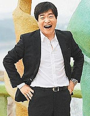 韩演艺圈曝丑闻李秉宪卷入男女艺人忍辱全裸