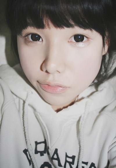 韩国可爱嘟嘴小女生高清图片(1)
