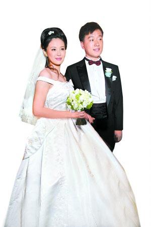佟大为高调娶关悦名嘴刘仪伟任婚礼主持人(图)