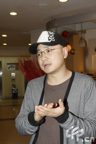 新浪娱乐对话徐峥:暂停工作细心陪伴妻女(图)