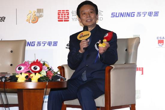 黄建新透露正筹备《建党大业》明年与大家见面