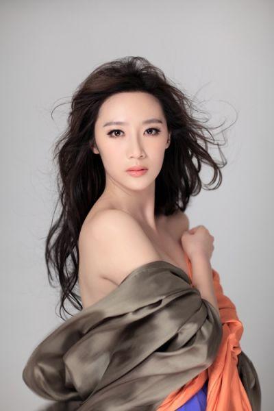 赵子惠出镜美女华丽最战士美女抢眼写真大气v美女中国照图片